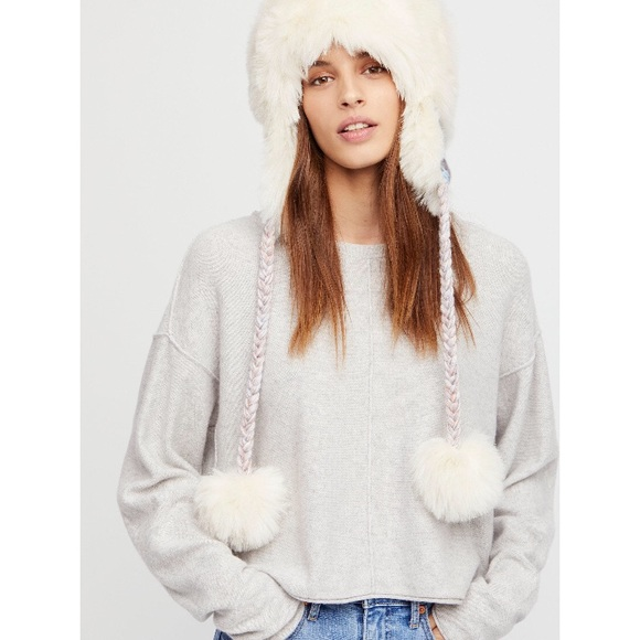NWT FREE PEOPLE MELT MY HEART TRAPPER HAT 3a70c4bbec0e